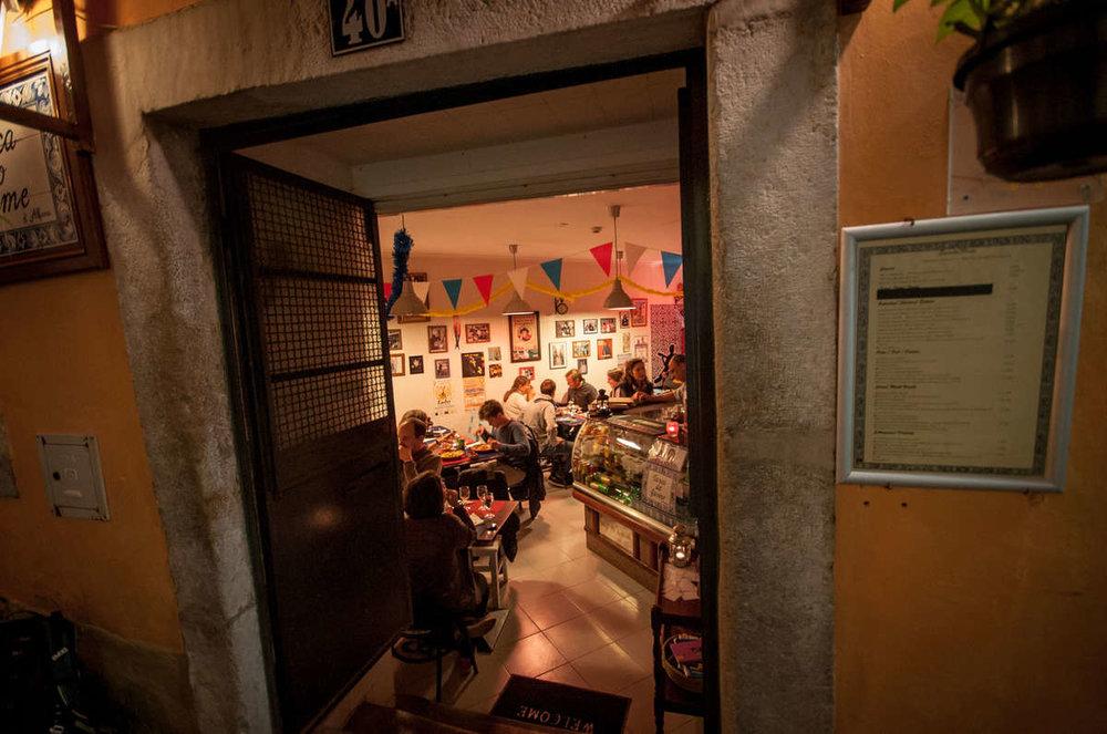 19-Fado-Restaurant-in-der-Innenstadt.jpg
