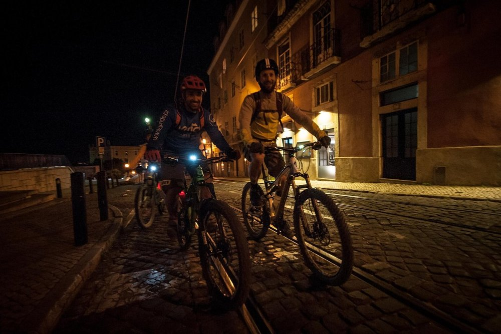 Nightride through the narrow streets of Bairro Alto