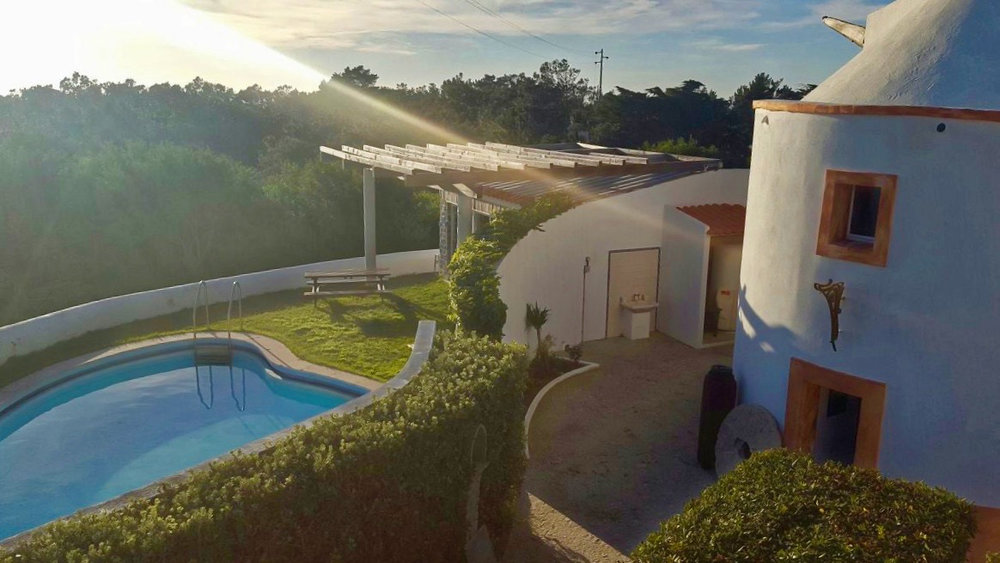 SINTRA: option 2 with breakfast, free wi-fi and swimming pool
