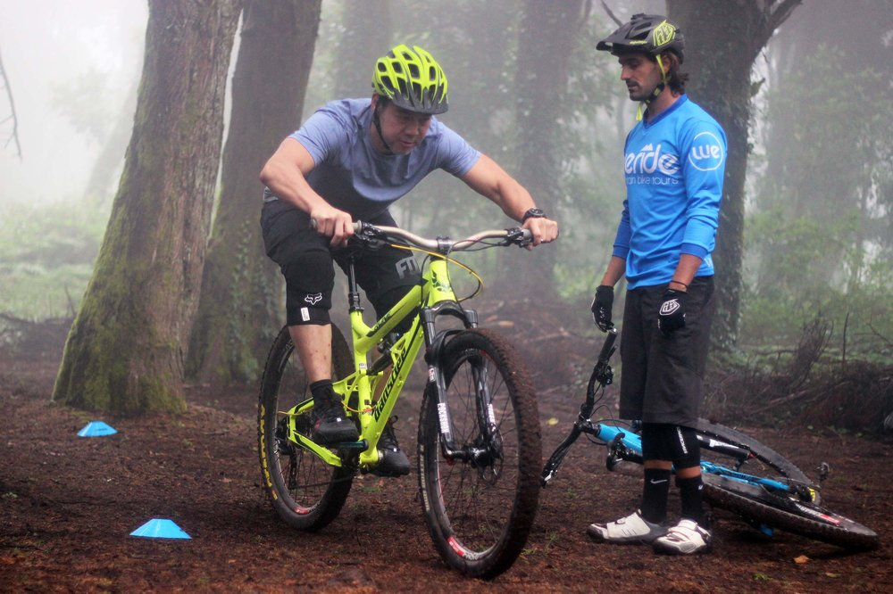 BIKE SKILLS 70€ - 1 or more riders, up to 3h ride - add 50€ for a full suspension enduro bike rental and protection gear