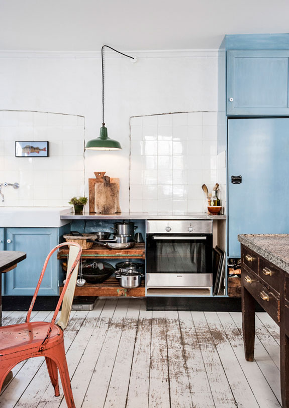 myidealhome :       that industrial twist (via   desiretoinspire.net  )