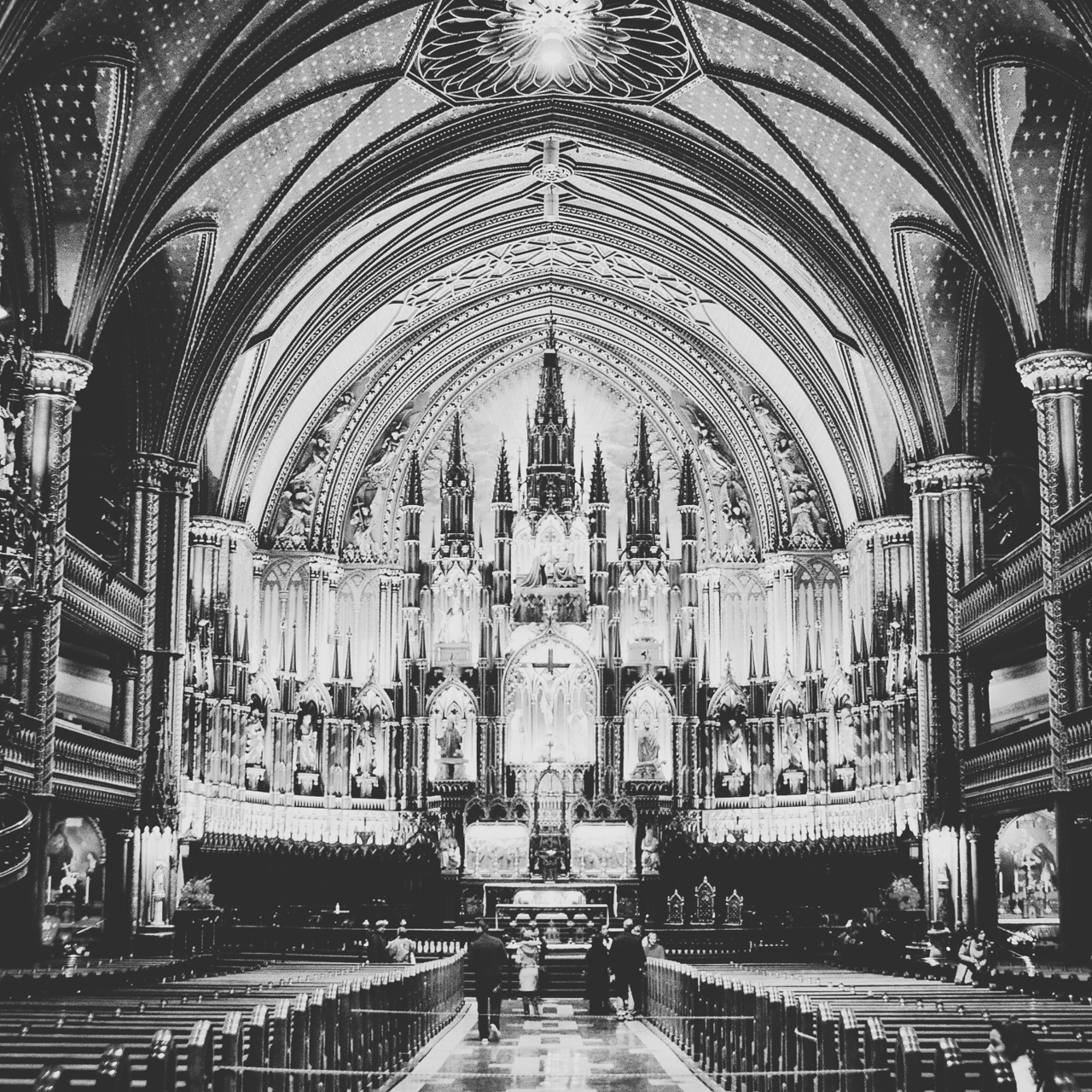 Notre Dame - bw