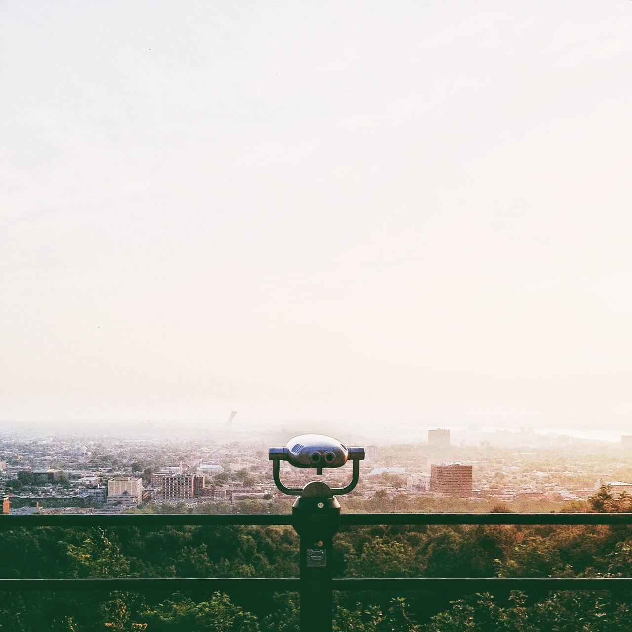 gotta love the morning light and watching the city from a hill top.    -montreal, '12 August.