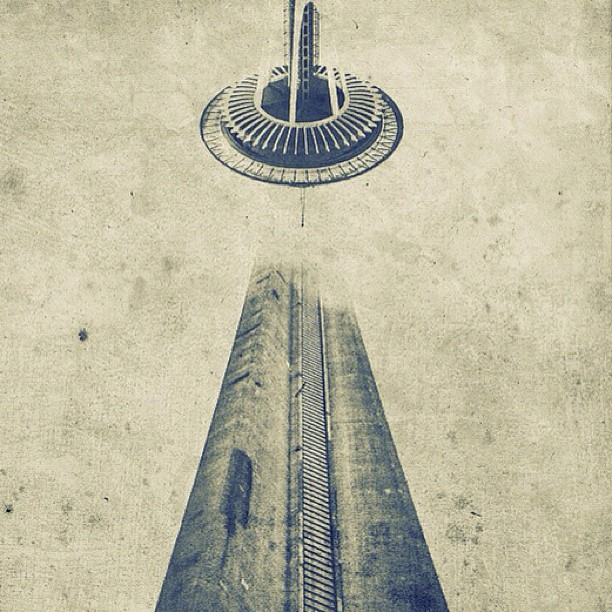 CN Tower (Toronto) + Space Needle (Seattle) = Eiffel Tower - version '12