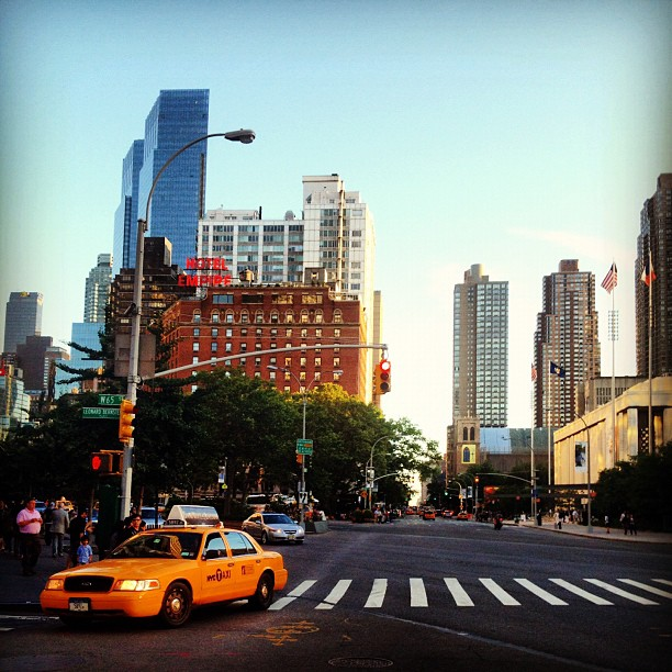 Taxi // NYC   (c) Ali