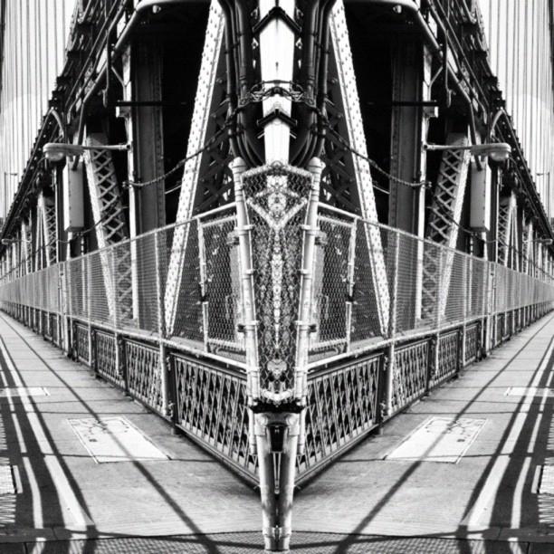 Symmetry // NYC   (c) Ali