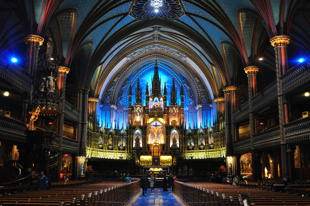 Notre Dame Basilica of Montreal was extremelybeautiful with all thelightnings. (c)LTYC