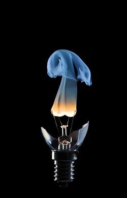 laureola :      Edison's Nightmare.       (via  lesmy ,  warupe )