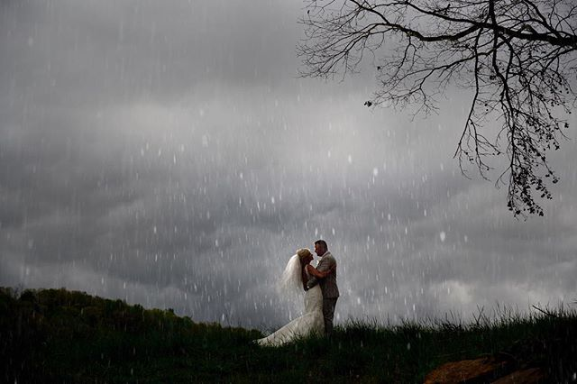 #stillpearlphotography #atlantaweddingphotographer #georgiaweddingphotography #Rain #Backlight #stillpearlphotography #lisacruikshank #Thegreystoneestate #likethedazzling #BallGroundGeorgia Northgeorgiaweddings #brideandgroomphotos #Rainyweddings