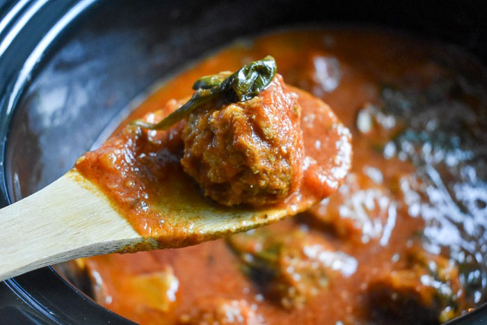 Dash-of-Jazz-Slow-Cooker-Turkey-Meatballs-in-Marinara-11.jpg