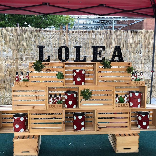 Such a cute display to promote sangria. @fieldhouse_dc #washingtondc #polkadots #sangria #spanishbrand @sangrialoleaus