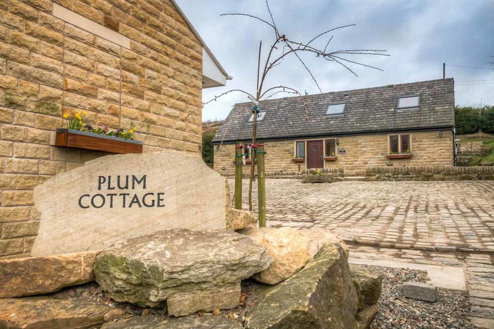 Plum Cottage 40.jpg
