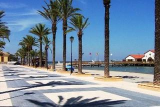 Promenade in the village of San Cayatano
