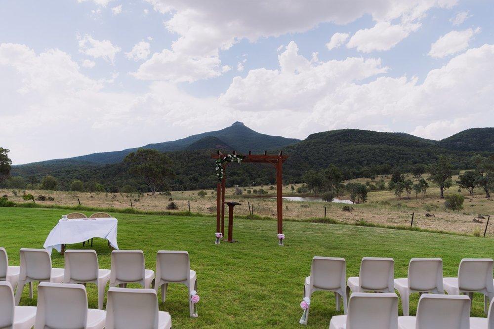 Phoebe & Brenton_Narrabri Wedding Photography 10.jpg