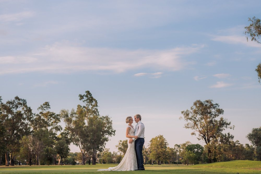 Phoebe & Brenton_Narrabri Wedding Photography 38.jpg