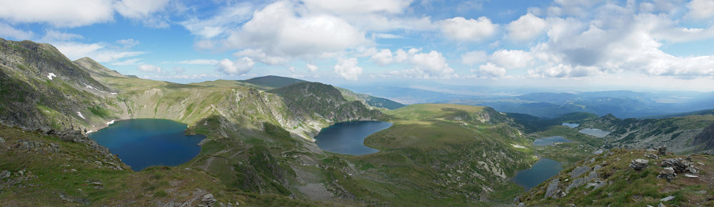Rila_7_lakes_circus_panorama_edit1.jpg