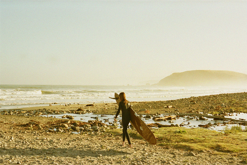 julie-cox-surfer-pacifica-sf_2014_1-thumb