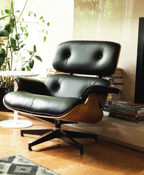 Eames Lounge Chair atEQ3 Vancouver.
