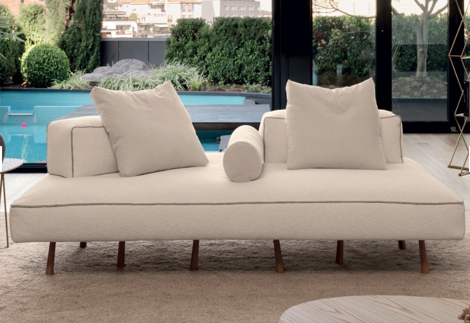 Louge collection from Desiree Divani by Bloom Furniture Vancouver. Photo Gruppoeuromobil.com