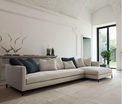 Hampton Sectional - A Verzelloni collection by Spencer Interiors. Photo Verzelloni.it
