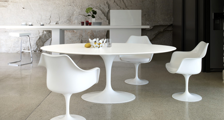 Tulip Collection by Eero Saarinen at Inform Interiors Vancouver. Photo Knoll.com