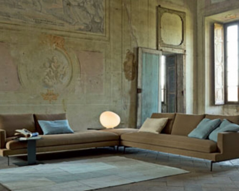 Larsen sectional.  A Verzelloni Collection from Spencer Interiors.  Photo Verzelloni.it