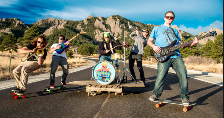 Photo credit:https://twitter.com/naanstopmusic &http://www.boulderweekly.com/entertainment/music/green-light-for-boulder-band-naan-stop/edit: