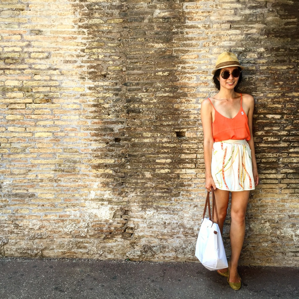 the perfect Italian summer's outfit! TK culottes, H&M silk cami, friend's hat & longchamp shopper