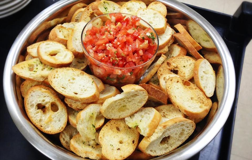Fresh Tomato & Basil Bruschetta