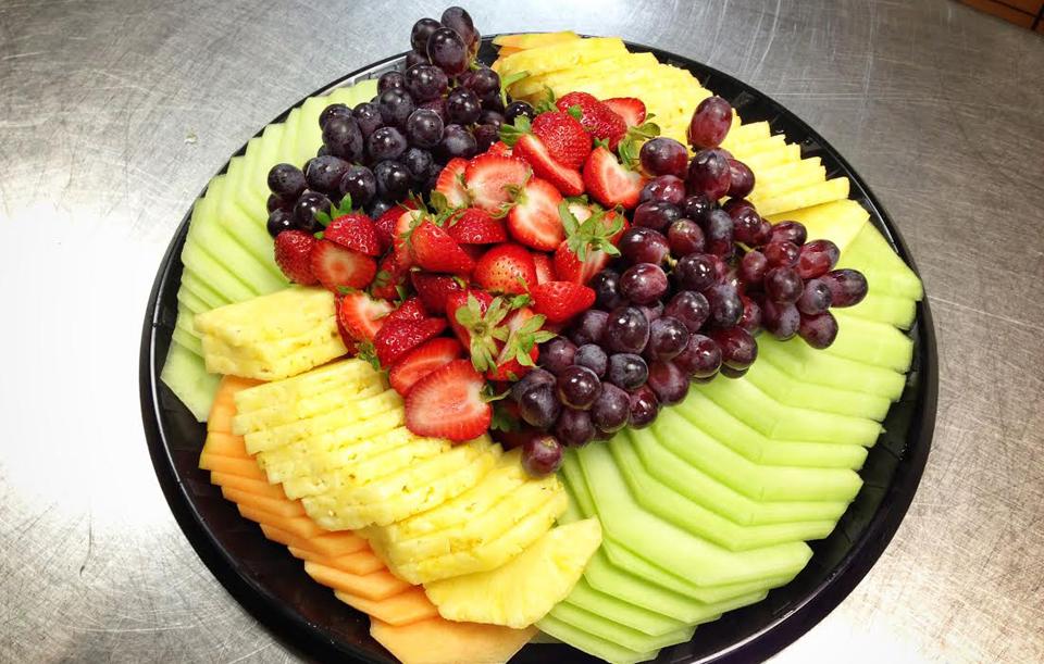 Hand-cut Season Fresh Fruit Platter