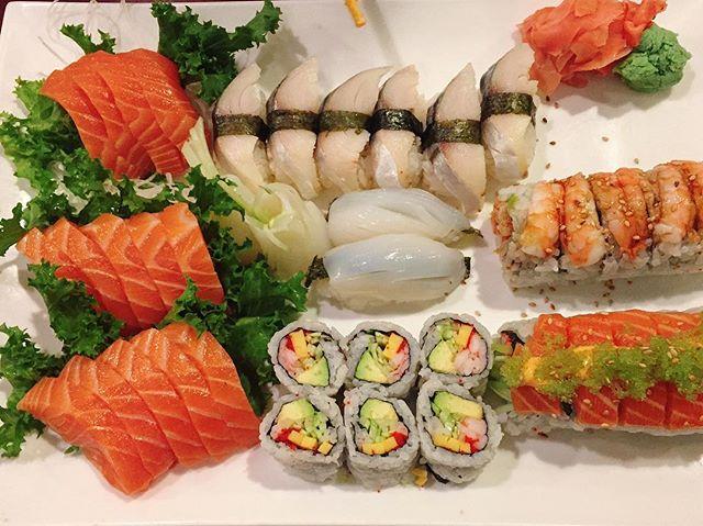 Appetizer before the main. #chikurin #mackerel #salmon #sushi #sake #squid #bayridge #nomnom #foodies #foodlover #followthefood #EEEEEATS #foodcoma #eater #noms #nyceats #dinner