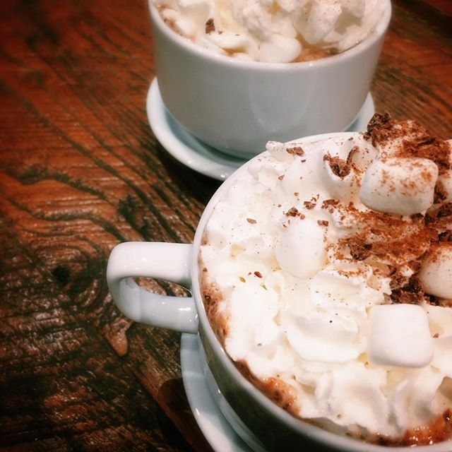 Just making hot chocolate to warm up this chilly #NYC day 💛  #hotchocolate #nyc #brickandnosh #winter #chill