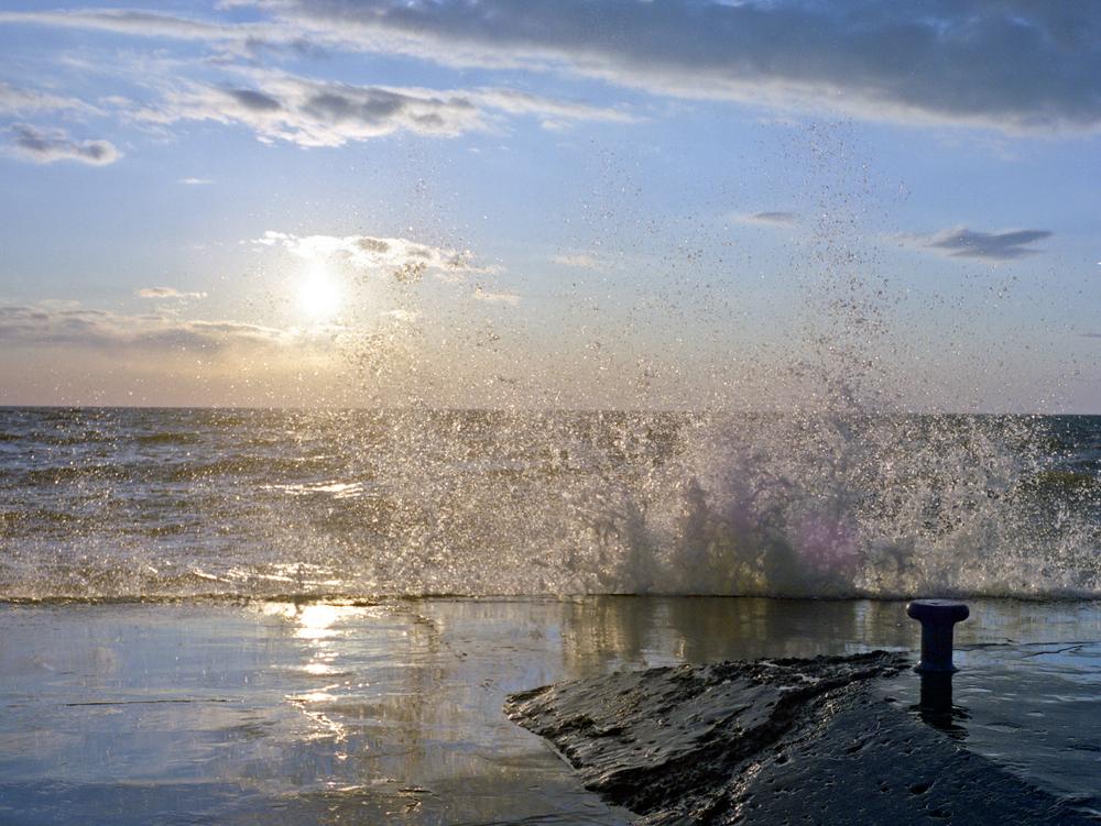 beach-fuji-npc-400012.jpg