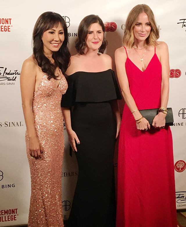 Amazing night with the Fashion Industries Guild honoring these fabulous & impressive women @drsabrinakay and @aninebing ~ always inspired by the community for coming together to fundraise for the Department of Pediatrics at @cedarssinai  #fashionindustriesguild #cedarssinai #sabrinakay #aninebing #charitygala