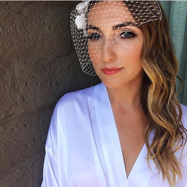 Pre-wedding beauty ✨ photo @hairmakeuplucy of @mrg317 in our #610 crepe flower birdcage veil. #gettingready #bridalaccessories