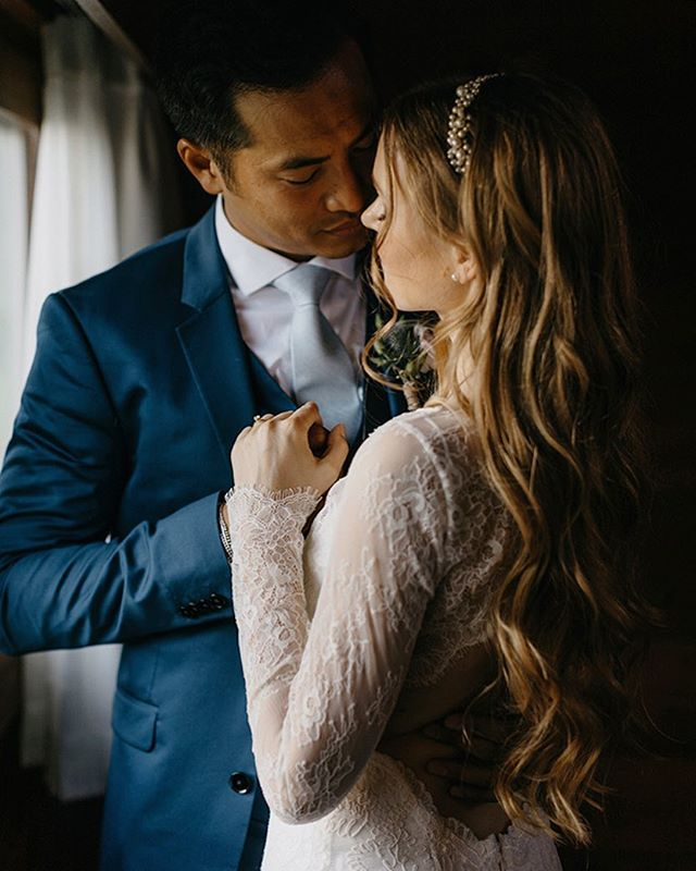 TRUE LOVE // I love these romantic photos of our #Marlene bridal topper from @bhldn of @tanyaleighart by @niravpatelweddings #elleandjae #bridalaccessories #realbride #bhldnbride #bridaltop #bridalstyle