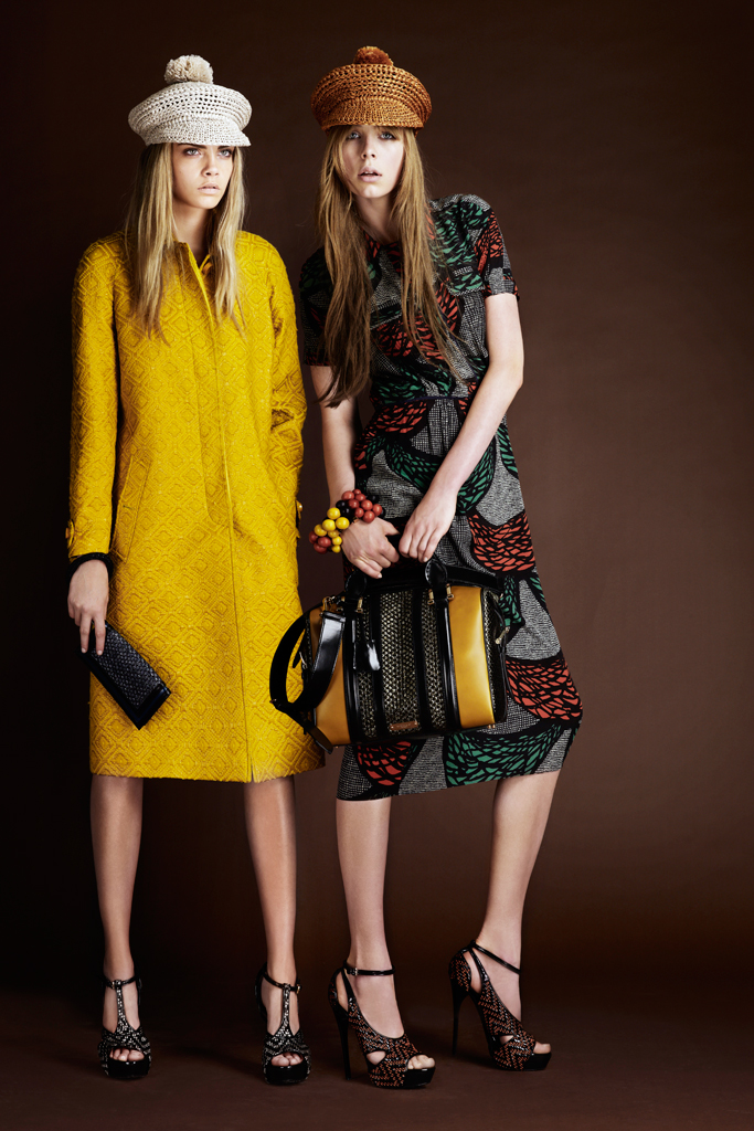 Cara Delevinge and Edie Campbell (Photo from style.com)