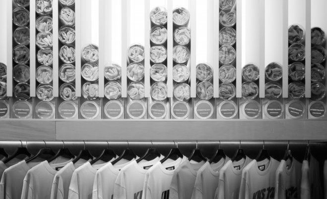 Streetology,samarretes envasades i en ordre.