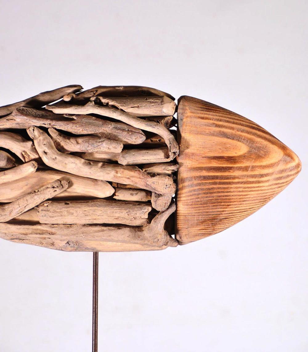 Peix de Decobruc fet amb pals del mar.