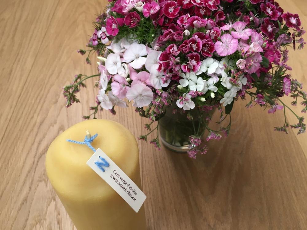 Sannicolas-espelmes-cera-abella-ciri-ram-4.JPG