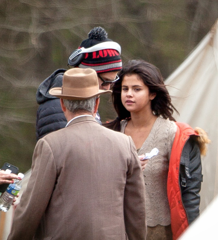 SELENA GOMEZ ON THE SET OF IN DUBIOUS BATTLE IN BOSTWICK, GEORGIA-MAR 27 2015