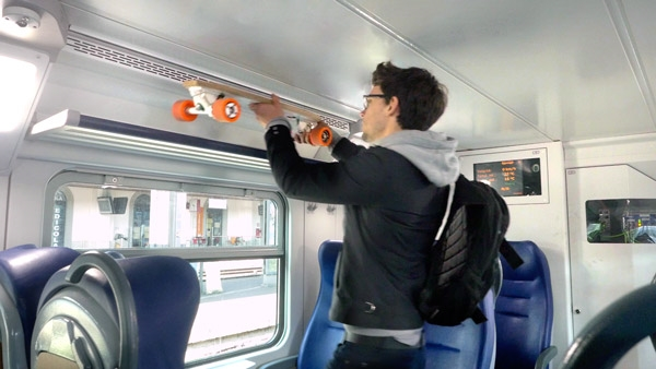 PORTABLE Bolt gives its best with other means of transport: car, train, bus,bicycle. Park anywhere and cover the last mile instantly with Bolt