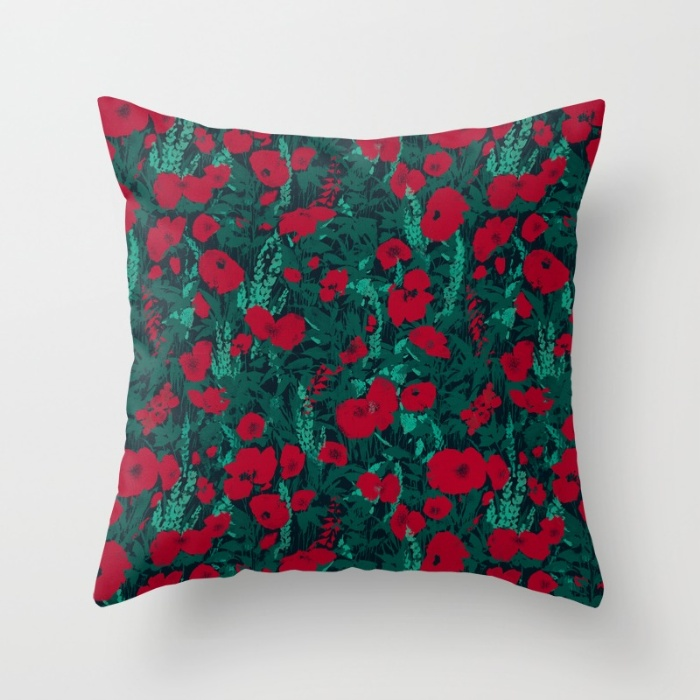 Pillow-PoppiesDark-AnaPenche.jpg