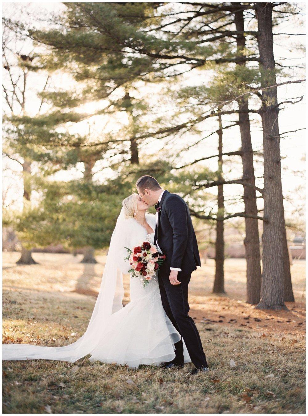 lauren muckler photography_fine art film wedding photography_st louis_photography_1362.jpg