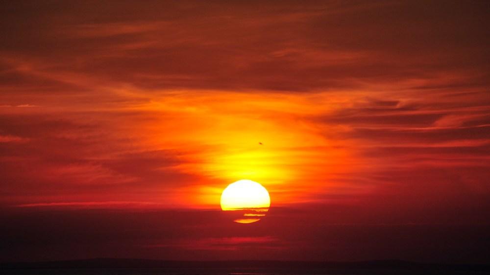 Ni788563-sunrise.jpg