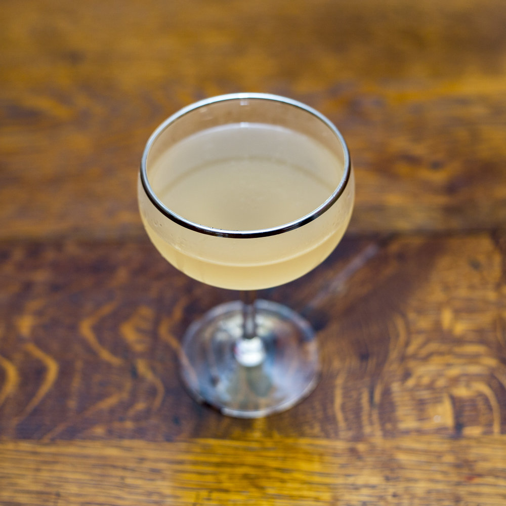 simple sour cocktail