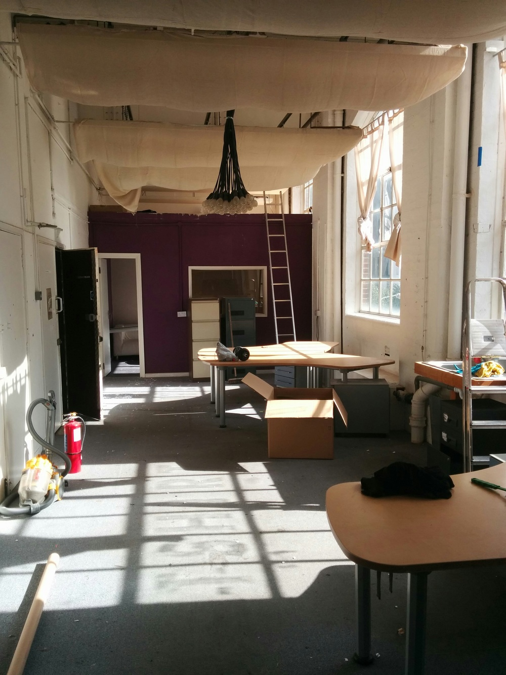 Photo of our old offices on the day we moved out for good. Bye Bye T-Shirt Print Shop, so long - it was good whilst it lasted.