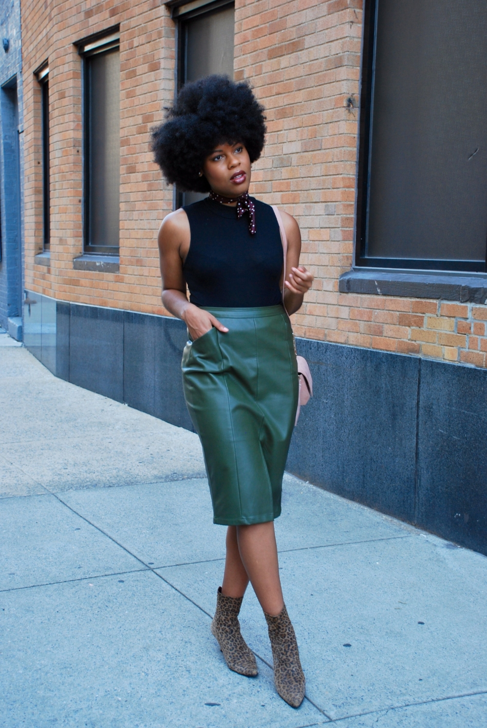 NYFW Street Style What They Wear To The Shows