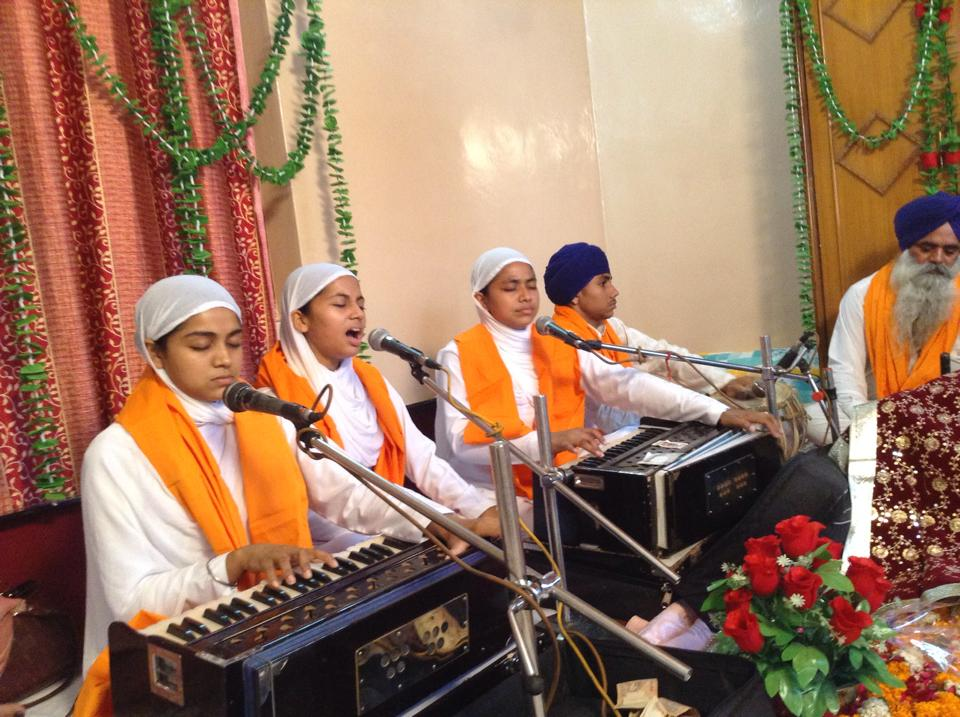 Live Kirtan With Wahe Guru Family.jpg
