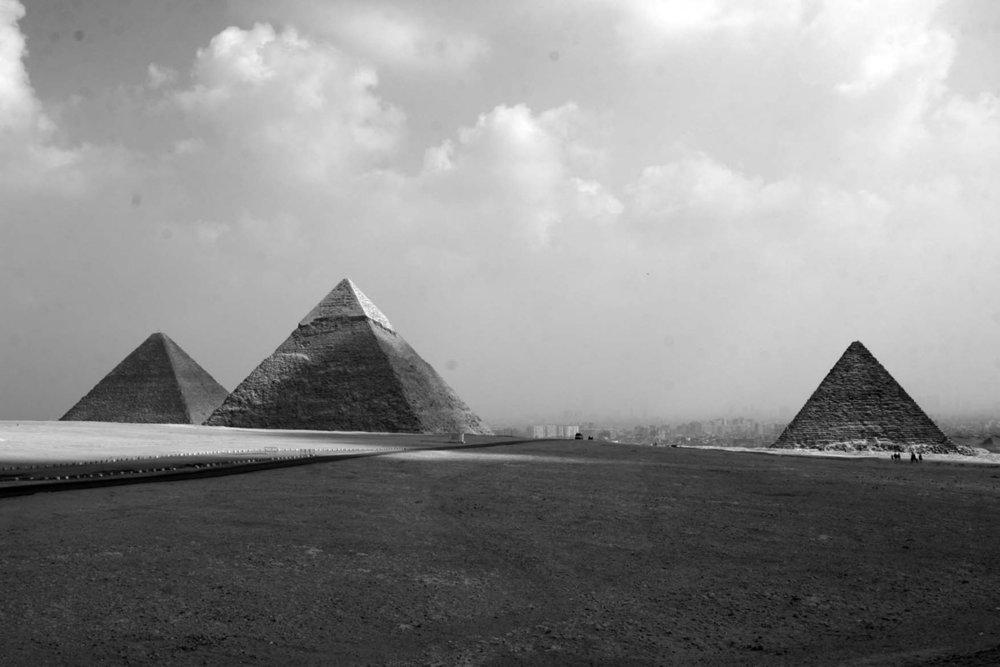 pyramids-in-black-and-white.jpg